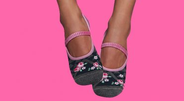 Yoga/Pilates Grip Socks - Romantic
