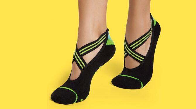 Rubber Sole Grip Socks - Fox Detail