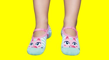 Girls' Rubber Sole Grip Socks