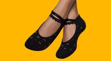 Pilates Grip Socks - Black & Golden